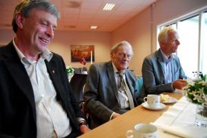 Arnfinn Uthus og Dagfinn Holter Christensen og Bjørn Holter Christensen